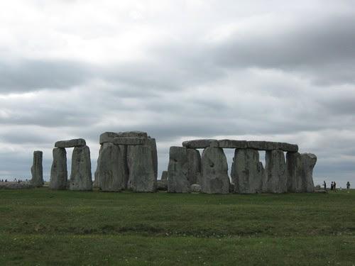 58-Stonehenge Cloudy