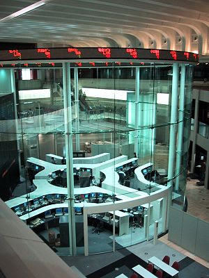 The main trading room of the Tokyo Stock Excha...