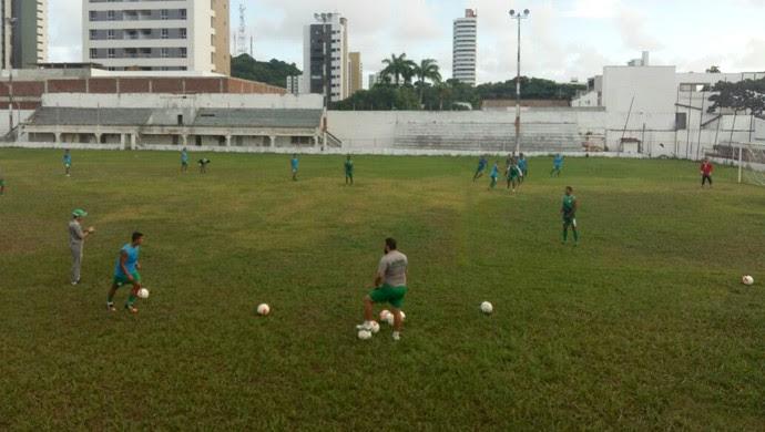 Alecrim treino Estádio Juvenal (Foto: Diogenes Baracho/Divulgação)