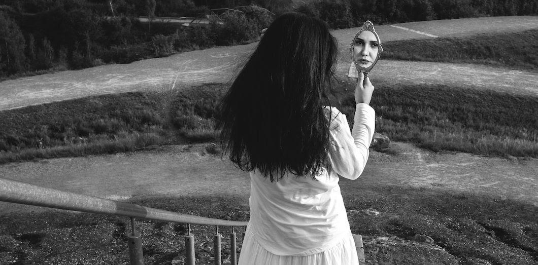 Jusque dans les années 1980,le trouble de la personnalité bipolaireétait connu sous le nom de «psychose maniaco-dépressive».| Fiction of reality via Flickr
