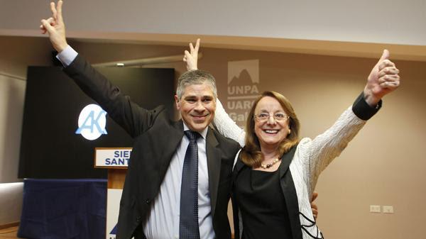 Pablo González junto a Alicia Kirchner
