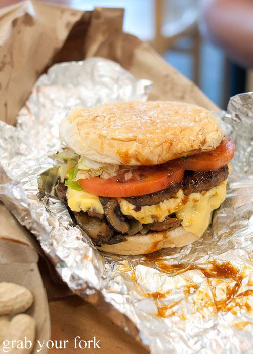 bacon cheeseburger hamburger Five Guys burgers fast food Kansas City Ward Parkway