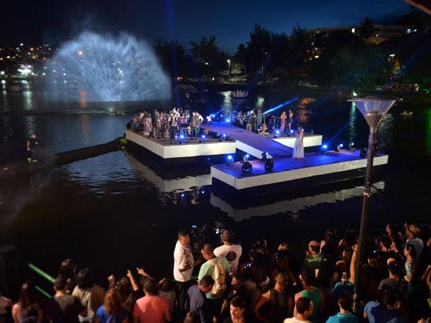 Cheiro de Amor celebra aniversário de Salvador em palco flutuante montado no Dique do Tororó (Foto: Max Haack / Agecom)