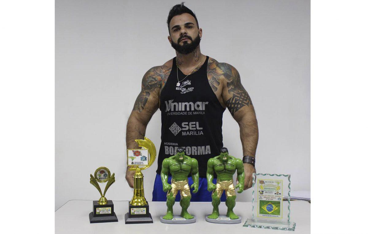 Mariliense é campeão brasileiro de levantamento terra e supino