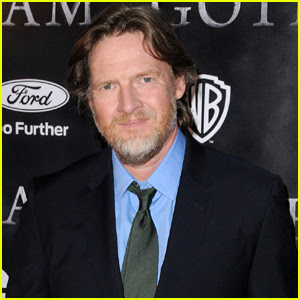 Gotham's Donal Logue Issues Another Plea to Find 16-Year-Old Daughter