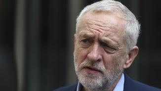 Jeremy Corbyn, contra les cordes (Reuters)