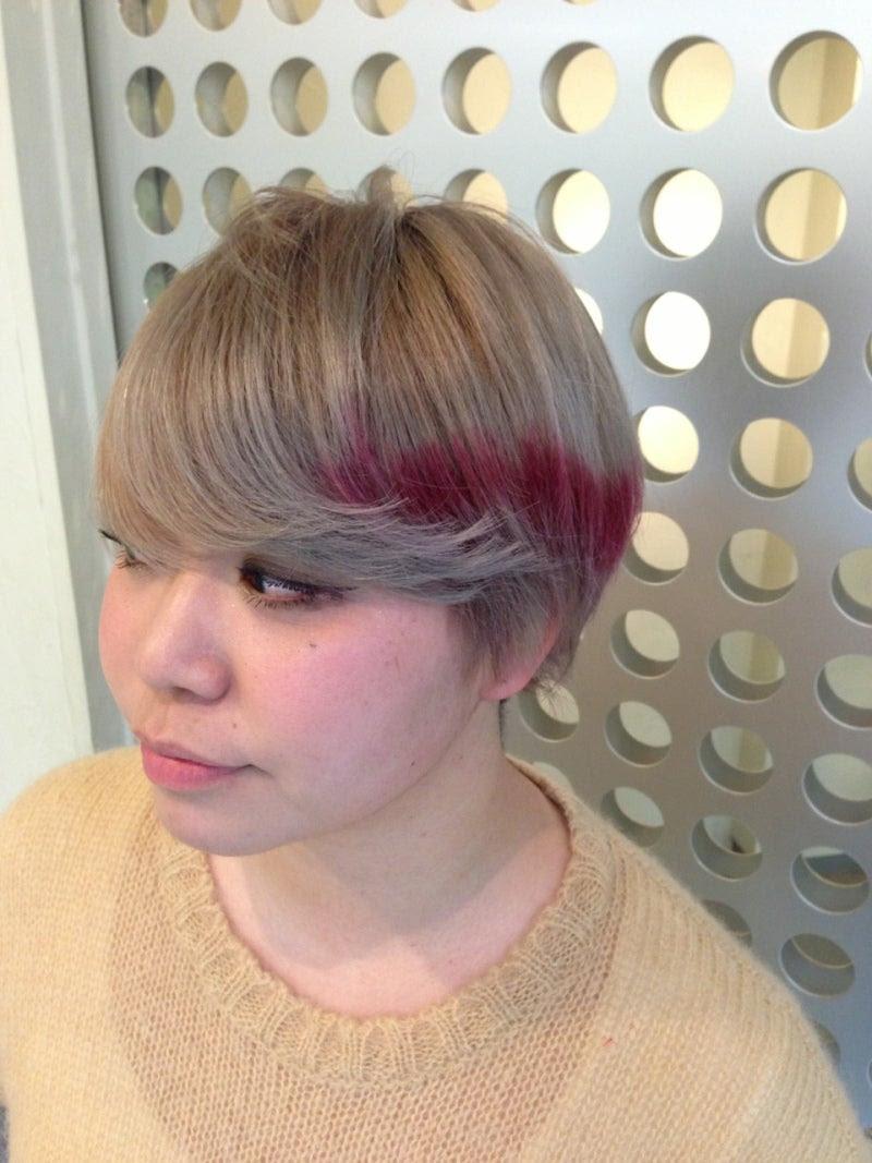 マンネリ解消!ポイントカラーで今の髪色を簡単イメチェン  - ショートヘア ポイントカラー
