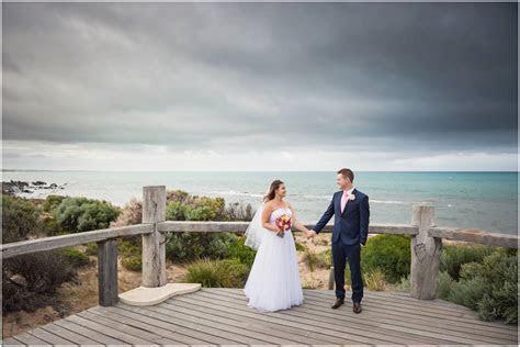 waverley estate classic   Adelaide wedding photographer