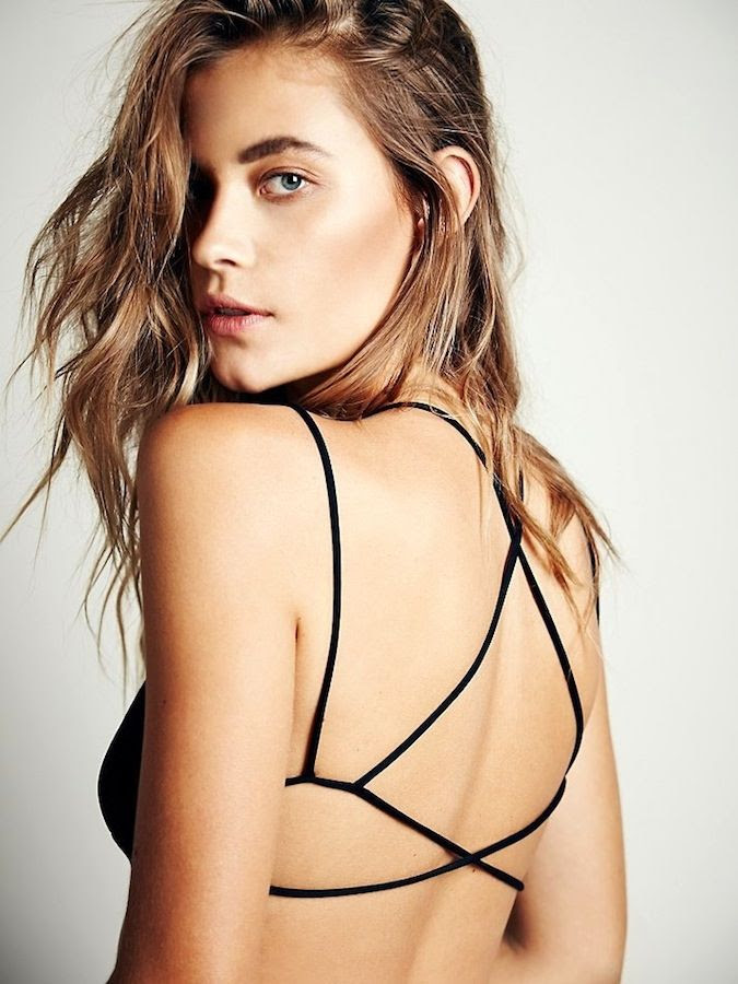 Le Fashion Blog Bold Brows Wavy Effortless Hair Sexy Free People Sunkissed Strappy Back Bra photo Le-Fashion-Blog-Bold-Brows-Wavy-Effortless-Hair-Sexy-Free-People-Sunkissed-Strappy-Back-Bra.jpg