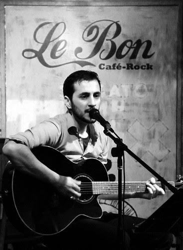 NACHO ÁLVAREZ EN DIRECTO - LE BON CAFÉ ROCK - LEÓN 20.12.12 by juanluisgx