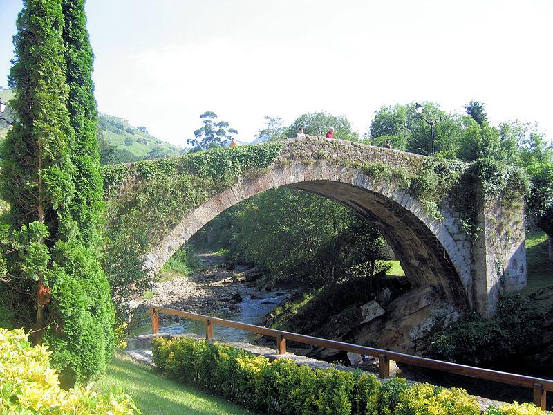 File:Puente de Liérganes.jpg