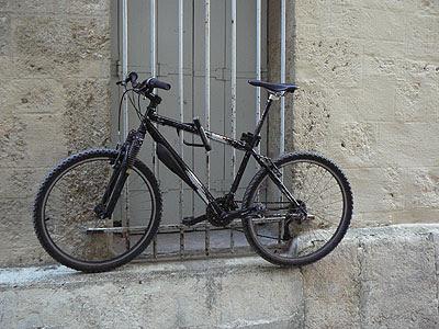 vélo suspendu.jpg