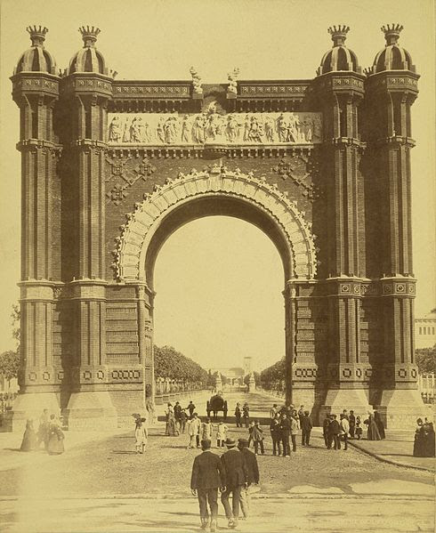 File:Barcelona. Triumphal Arch of the Exposition.jpg