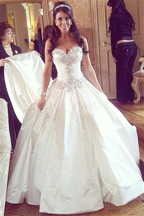 Sweetheart Ball Gown Plus Size Wedding Dresses Crystals