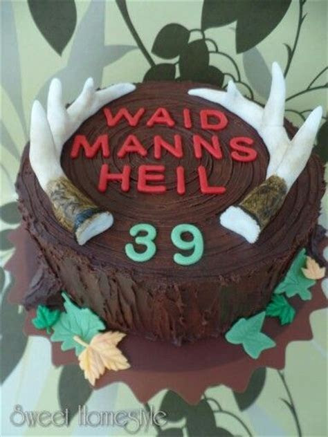 Best 25  Hunting birthday cakes ideas on Pinterest