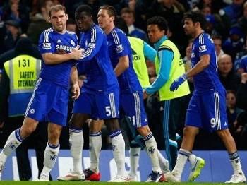 Ivanovic marcou o gol da vitória do Chelsea contra o Liverpool