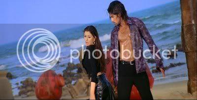 http://i347.photobucket.com/albums/p464/blogspot_images1/Desamuduru/PDVD_964.jpg
