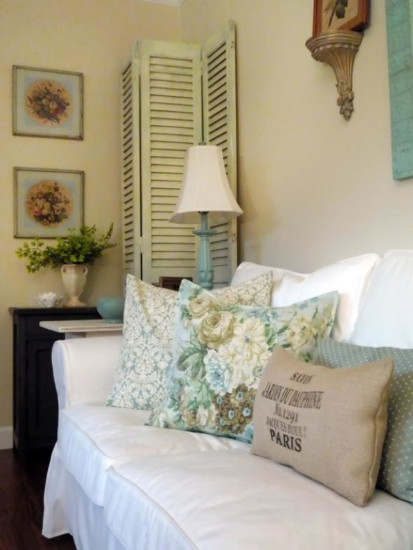 How to Get the Chipped-Edge Effect in Shabby-Chic Style Home