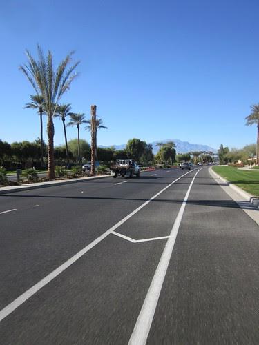 Buffered bike lane in Indian Wells