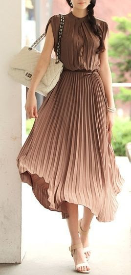 Fabulous brown and cream pleated dress