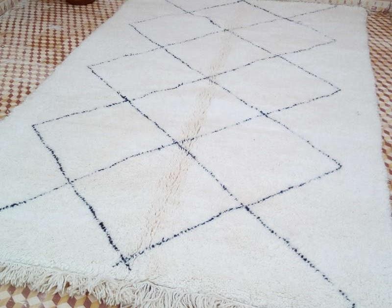 artisanat marocain de marrakech acheter un tapis marocain avec artisanat du sud. Black Bedroom Furniture Sets. Home Design Ideas