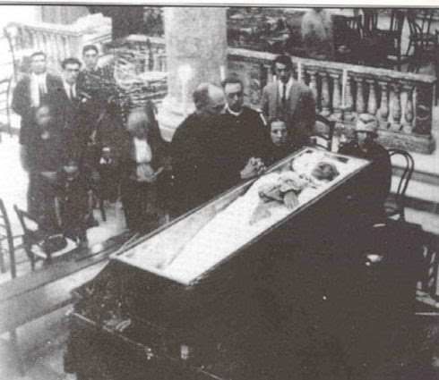 The funeral of St. Hannibal. His incorrupt body rests in the Basilica-Santuario del Sacro Cuore di Gesù e di S. Antonio in Messina.