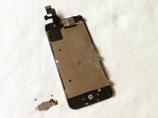 iPhone 5C disassembly stage 10
