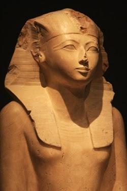 Mujeres Que Marcaron La Historia: Hatshepsut