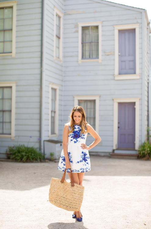 http://galmeetsglam.com/wp-content/uploads/2014/06/gal_meets_glam_blue_and_white_dress_15.jpg