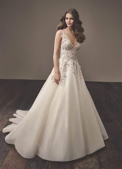 The Most Popular Wedding Dresses at Philly Bridal Salons