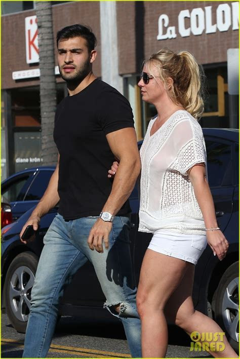 Britney Spears Holds Hands with Boyfriend Sam Asghari