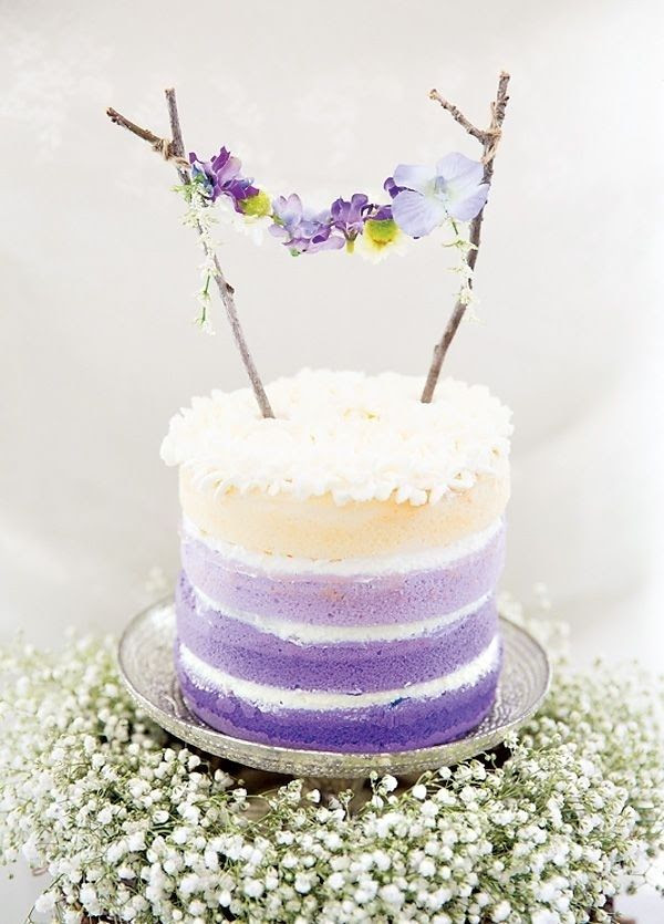 Lavender Wedding Cake #lavenderweddings #weddingcakes