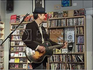 Howe Gelb @ Soundscapes[Mar 5/06]: photo by Mike Ligon