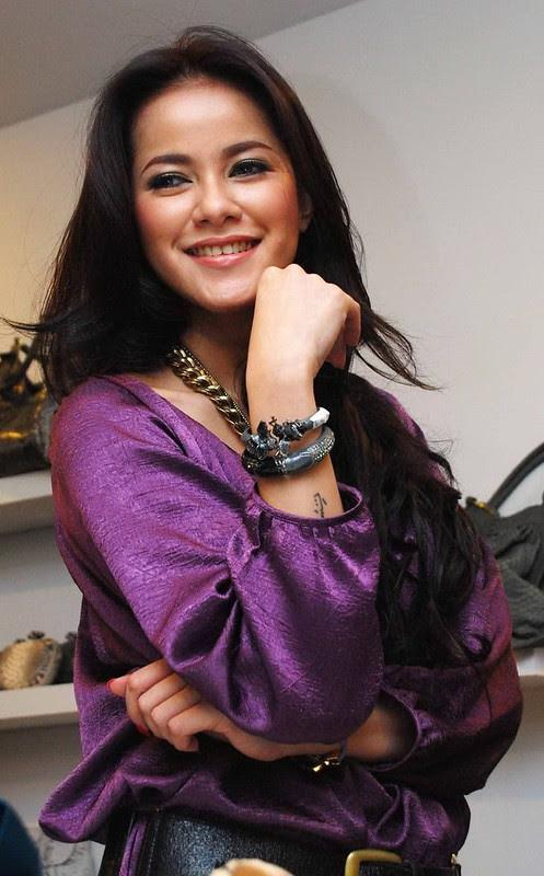 10 kota penghasil wanita cantik di indonesia   artikel