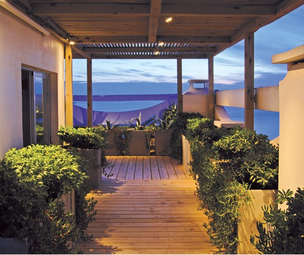 Arquitectura paisajista una terraza sobre la mansa blog for Paisajismo terrazas