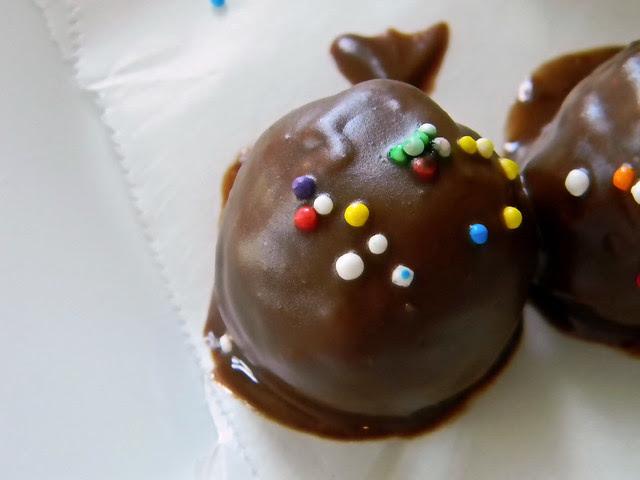 Coconut - Funfetti Ice Cream Cake Truffles