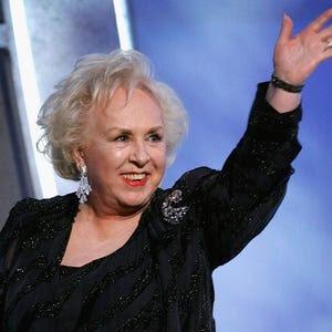 Doris Roberts of everybody loves ray dies at 90
