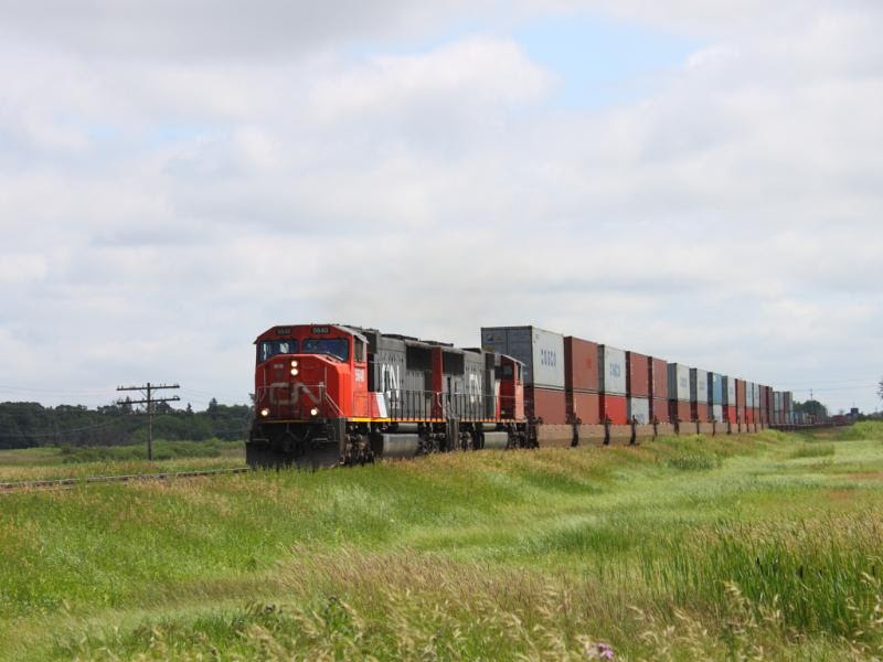 CN 5640 in Winnipeg