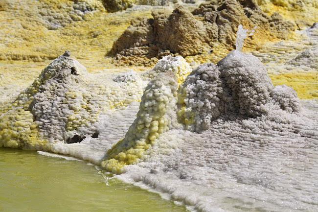 вулкан даллол фото 3 (650x433, 179Kb)