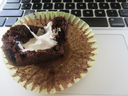Gooey Cupcake Middle