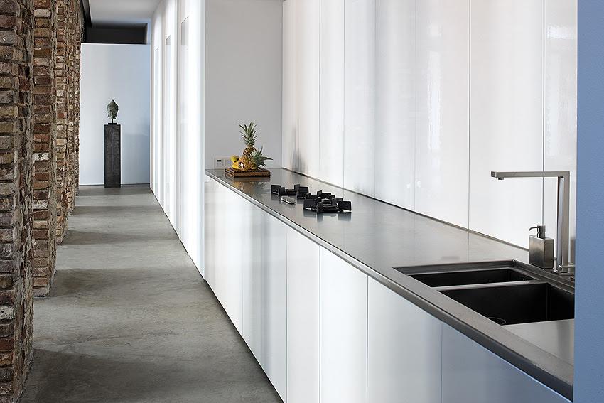White gloss galley kitchen units | Interior Design Ideas.