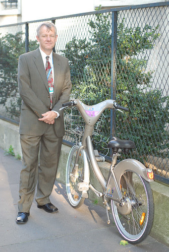 Me & a Rental Bike in Paris