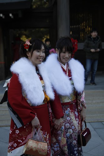 A pair of young women in kimono