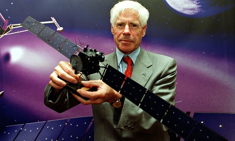 ESA's Roger Bonnet with a model of the Rosetta spacecraft, 1 Ju