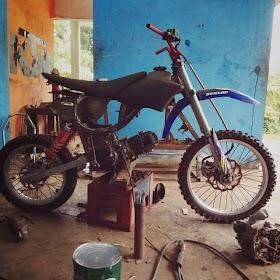 Sketsa Motor Bebek