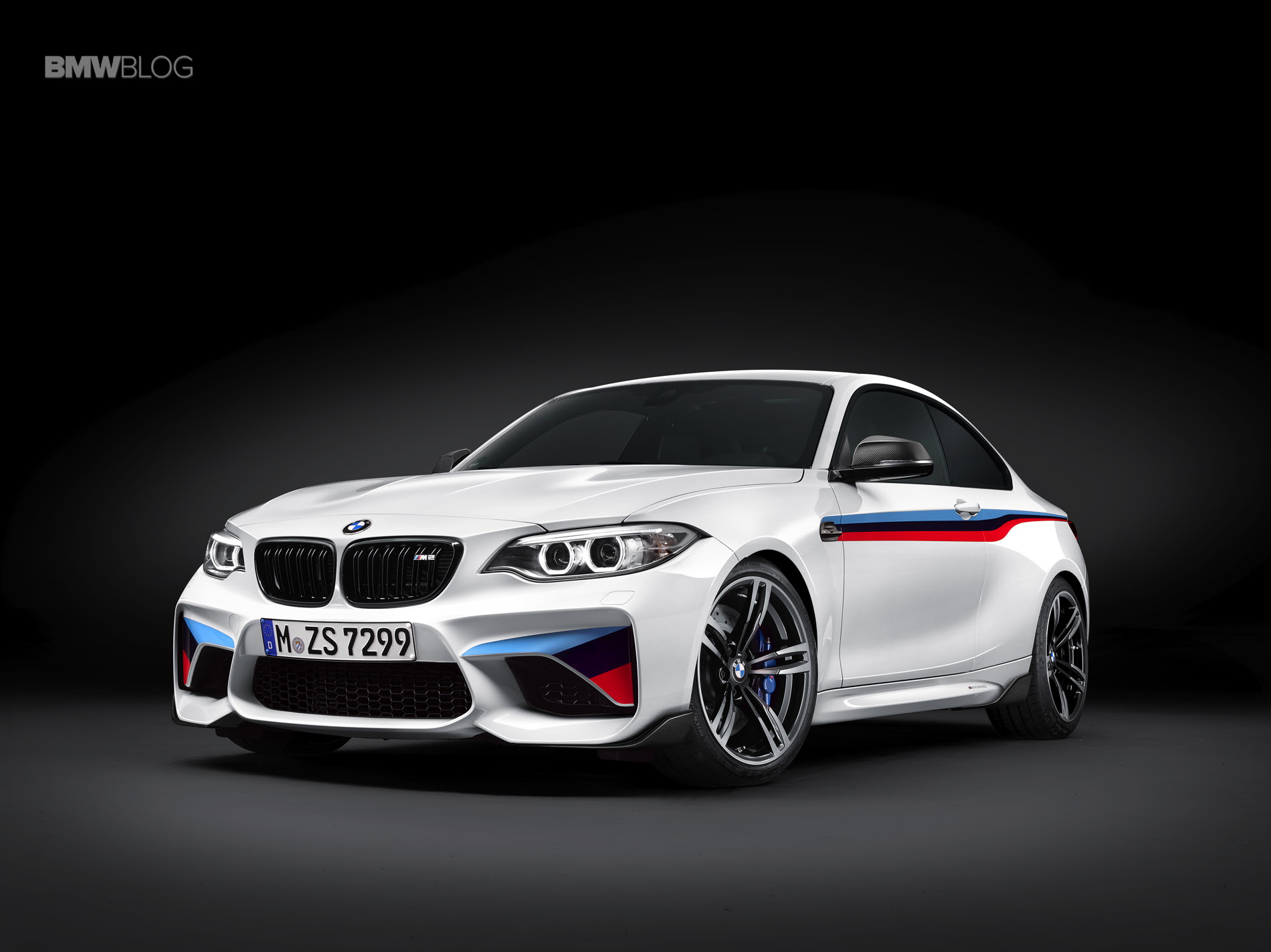 Bring the racetrack to the road. BMW M Performance Parts for M2, M3 and M4