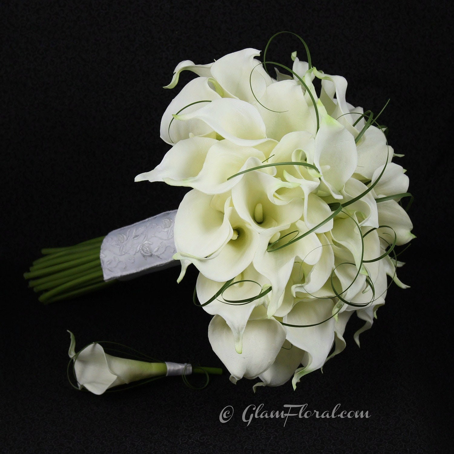 Red wedding flowers bridal bouquet types of flowers for wedding bouquets white calla lilies wedding bouquet 1500 x 1500 izmirmasajfo