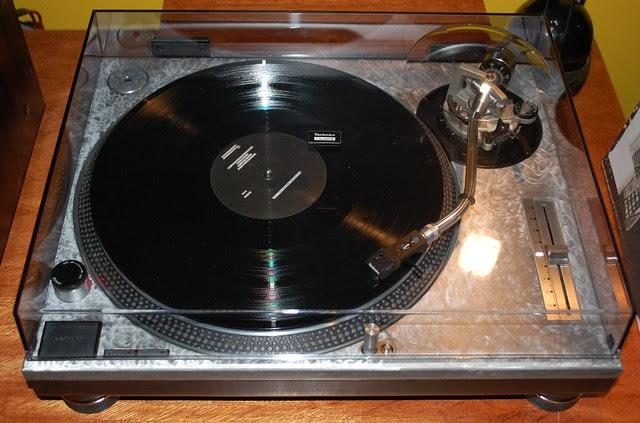 swirly Technics 1200 4