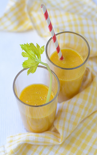 Ginger Orange Carrot Smoothies