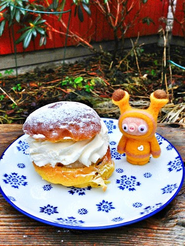 saffron semla and lucia bun